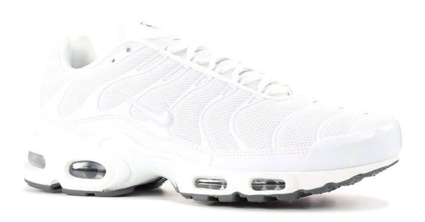 Bonez Outfit Nike Schuhe