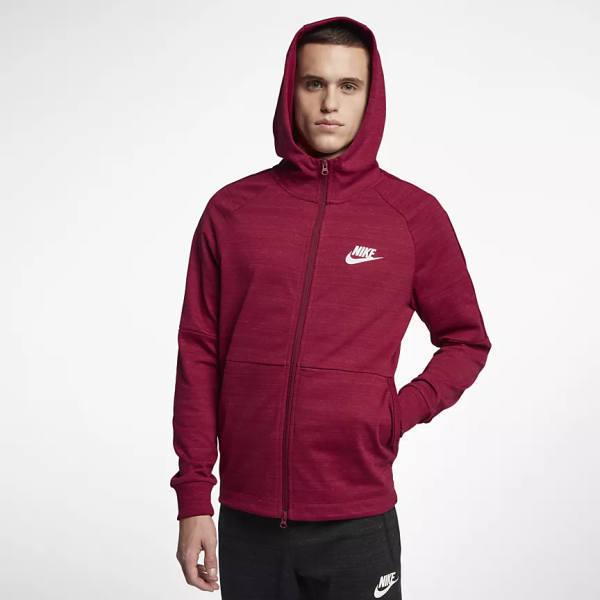 Mert Outfit Nike Hoodie rot Liebe heißt