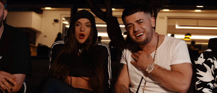 Noizy Toto Outfit Uhr