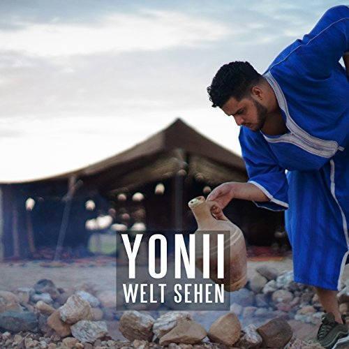 Yonii Welt sehen Style: Jacke, Nike Schuhe, Adidas Hoodie, T