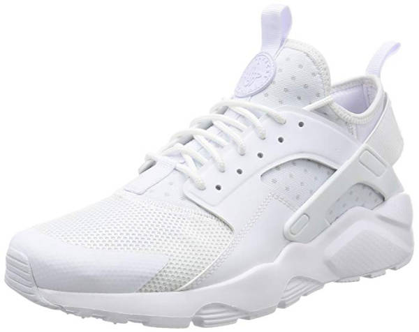 Majoe Rap Outfit Schuhe Nike Huarache