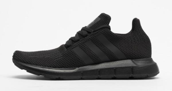 Adidas Swift schwarz