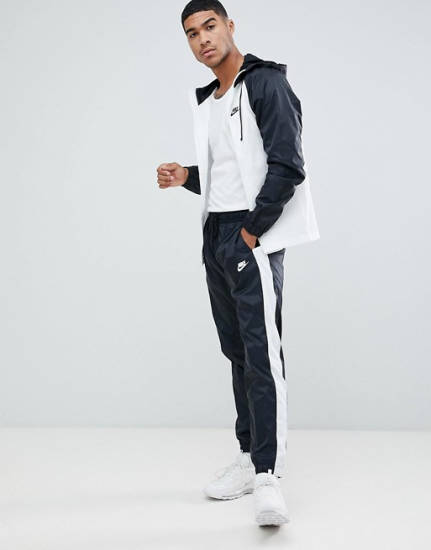 Anonym Nike Jogginganzug schwarz weiß