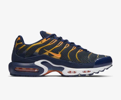 online retailer b2695 2b616 Bonez MC Haifisch Nike