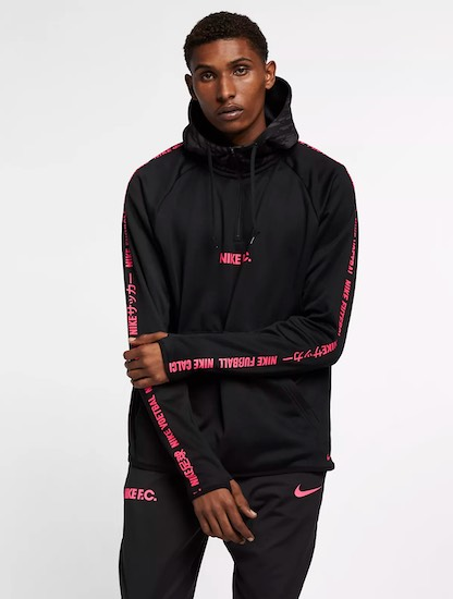 Nike Fussball Hoodie schwarz rot