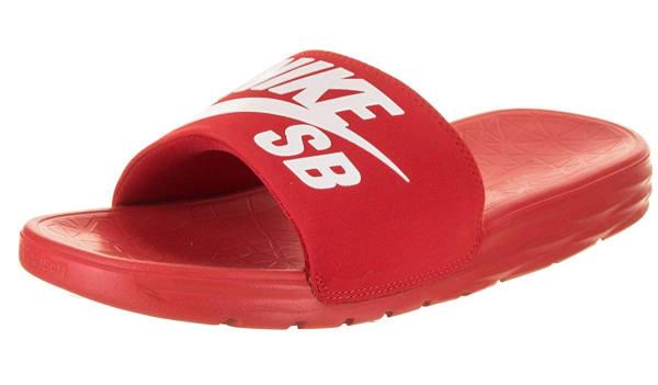 Nike SB Benassi rot
