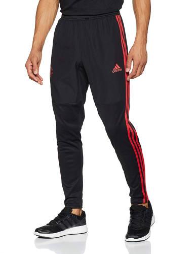 Noah Adidas Outfit