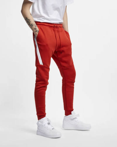 Nike Fleece Jogger rot