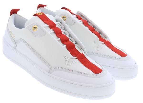 Eno Sneaker Outfit