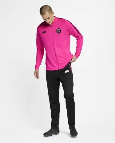 LX Nike Anzug