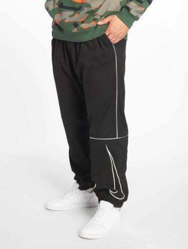 Nike Jogginghose weit