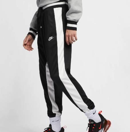 Nike Air Hose schwarz mit weissem Seitenstreifen