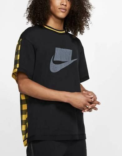 Nike NSW T-Shirt kariert hinten