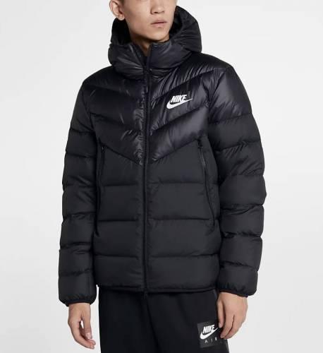 Winterjacken Herren Trend 2020 Nike WIndrunner