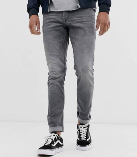 Mero Outfit Alternative Jeans
