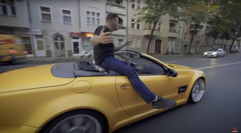 Gzuz Auto gold