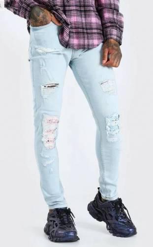 18 Karat Amiri Jeans Alternative 2