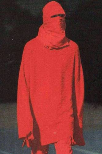 Ufo361 Daniel Lee Outfit rot